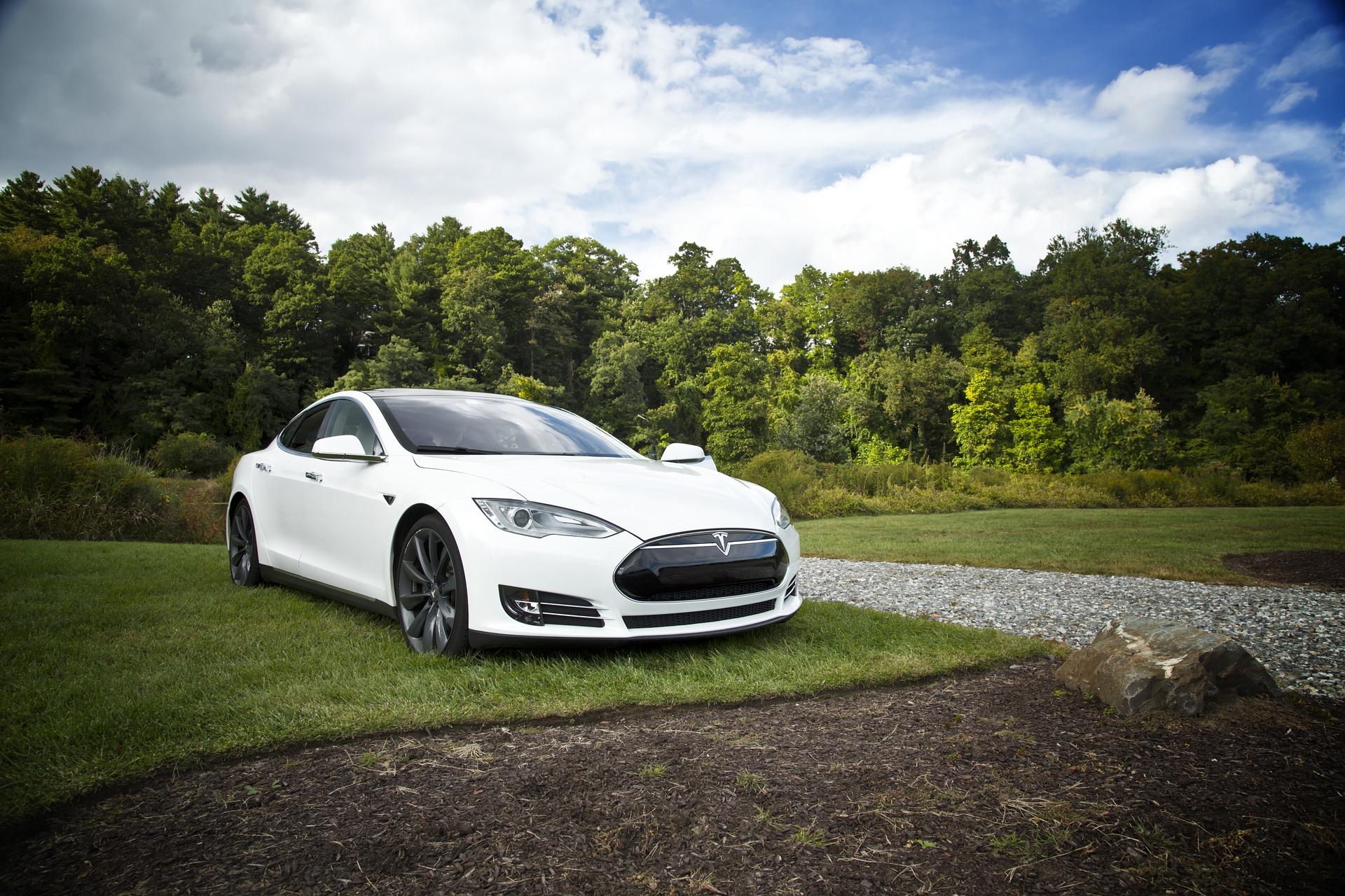 Elon Musk Vision: Marsbesuch, unterirdische Autobahn, E-Autos